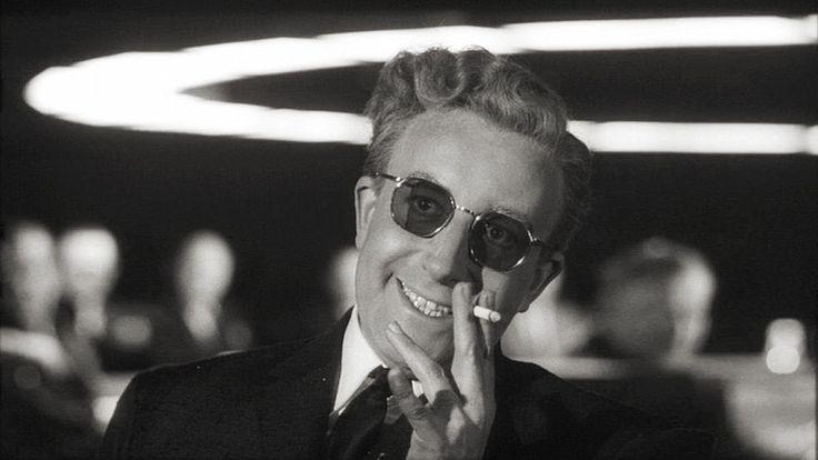 Ένα δυνατό ισπανικό θρίλερ, ένα δράμα εποχής και μια κωμωδία ανάμεσα στα νέα #φιλμ τα οποία, όμως, δεν αντέχουν να σταθούν δίπλα στο «SOS Πεντάγωνο καλεί Μόσχα» που επανακυκλοφορεί. ----------------------------------------- #movie #cinema #film #review #fragilemagGR http://fragilemag.gr/sta-therina-cinema-thriler-farses-kai-mia-dynati-epanalipsi/
