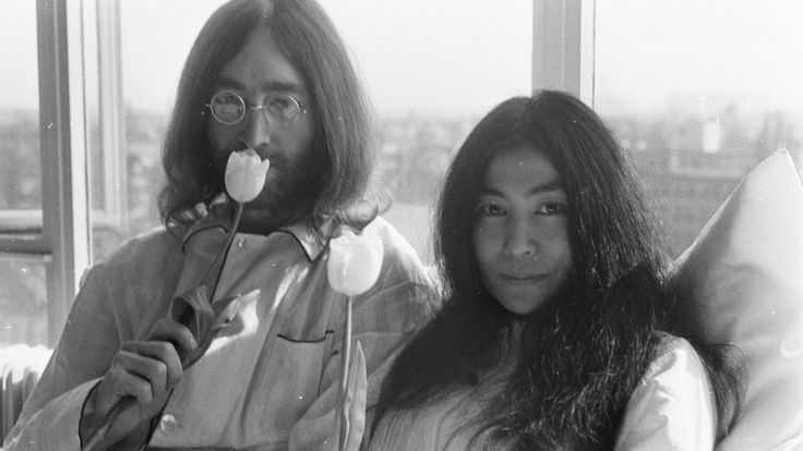 #Men #Women #Couple #Musician #Singer #JohnLennon #YokoOno #Monochrome #Glasses #Amsterdam #Peace #LongHair #Flowers #Tulips #Window #Legend #Protestors #Hotel #Room #Wallpaper