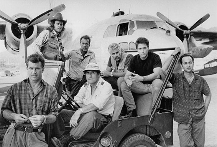 Mel Gibson, Robert Downey Jr., Marshall Bell, Ned Eisenberg, Art LaFleur, and Tim Thomerson in Air America (1990)