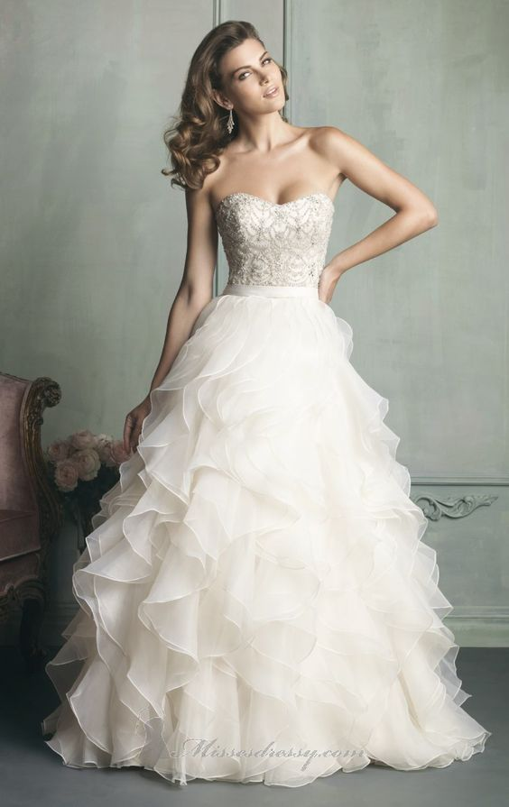 Allure 9110 Debra's Bridal Shop at the Avenues 9365 Philips Hwy Jacksonville, Fl 32256 904-519-9900
