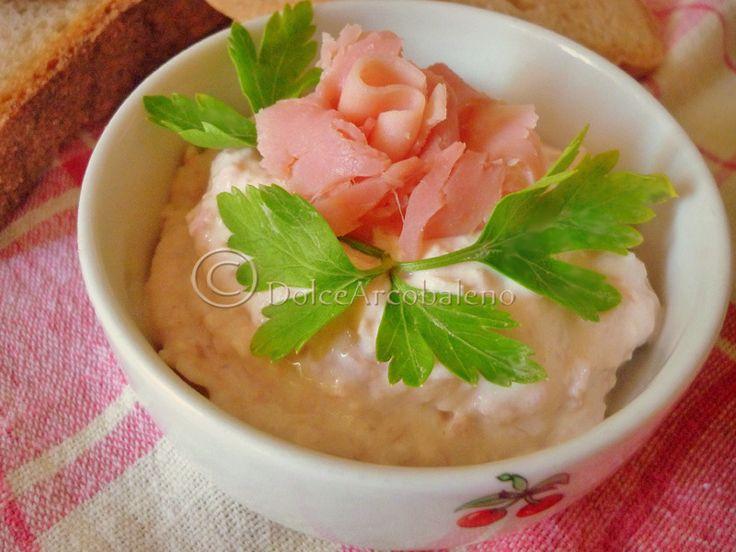Crema di prosciutto cotto, ricetta rapida. Cream of ham, quick recipe.