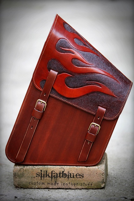 leather sidebag for a harley