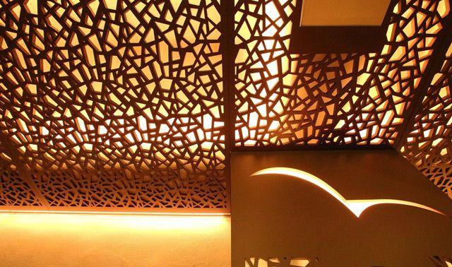 Декоративные перегородки для зонирования пространства в комнате и настенные панели со светодиодной подсветкой
