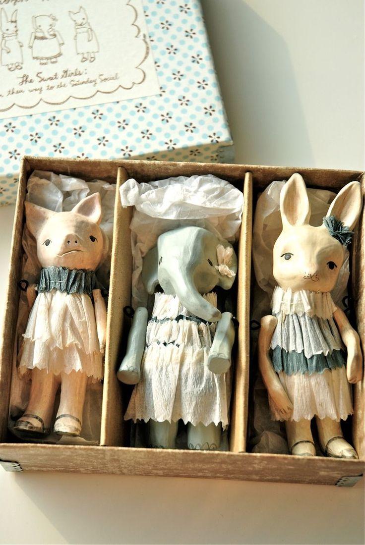 papier mache dolls // muñecas de pasta de papel