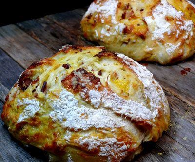 Artisan Bacon Cheese Bread (3 Cups Water, 1-1/2 Tablespoons Yeast, 1-1/2 Tablespoons Salt, 6-1/2 Cups Unbleached AP Flour, Cayenne Pepper, Dried Parsley, Cheddar Cheese Shreds, Diced Canadian Bacon, Made in Cast Iron Pot with Lid) [Made Monday, January 14, 2013]