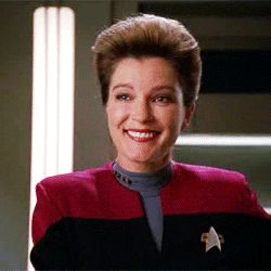 "Star Trek: Voyager S3E11: ""The Q and the Grey"""