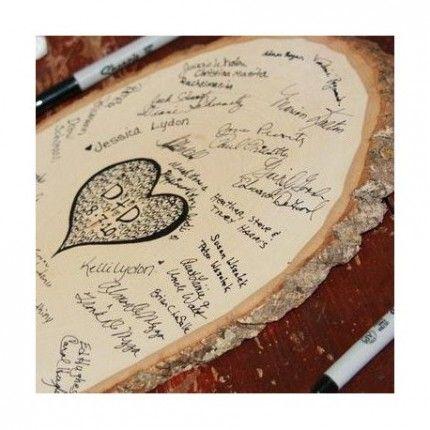 Le rondin de bois gravé livre d'or