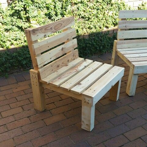 Haevy duty pallet chairs made from re-purposed pallet wood