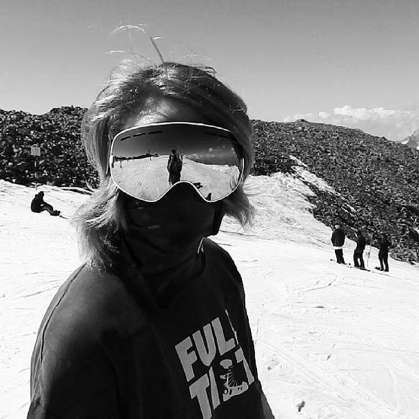 Les deux alpes summer 2k15  @prieuralexis  @iziway_clothing @ozedcompany