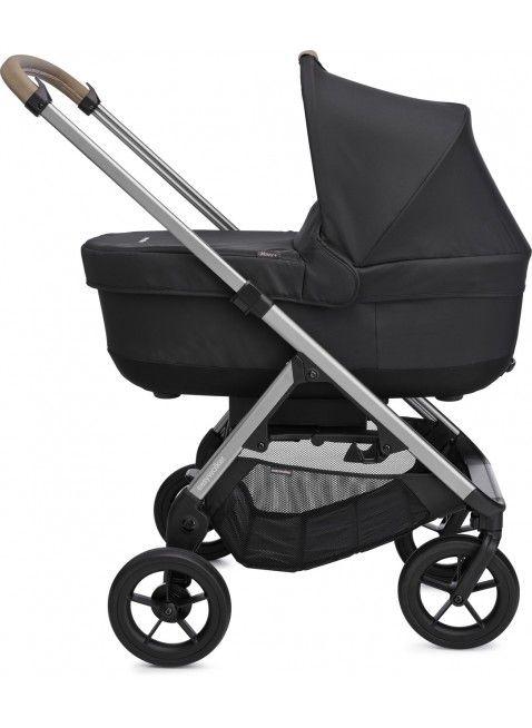 Easywalker Mosey+ Kinderwagen mit Babywanne Charcoal Blue - Kleine Fabriek. Mehr Infos auf https://www.kleinefabriek.com/.