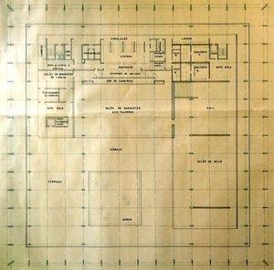 http://academic.uprm.edu/laccei/index.php/RIDNAIC/article/viewFile/135/134 Desenho da planta do 3º pavimento, onde estão os salões do Palácio e a varanda. Destaca-se a trama de eixos da modulação estrutural e espacial de 6x6m [Arquivos do Setor de Arquitetura do Ministério das Relações Exteriores]