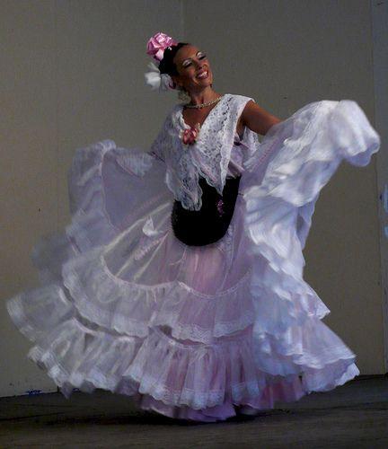 traje típico de Veracruz | Traje veracruzano | Pinterest