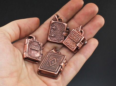 Book Lockets: A Library of Possibilities in Metal Clay with Wanaree Tanner