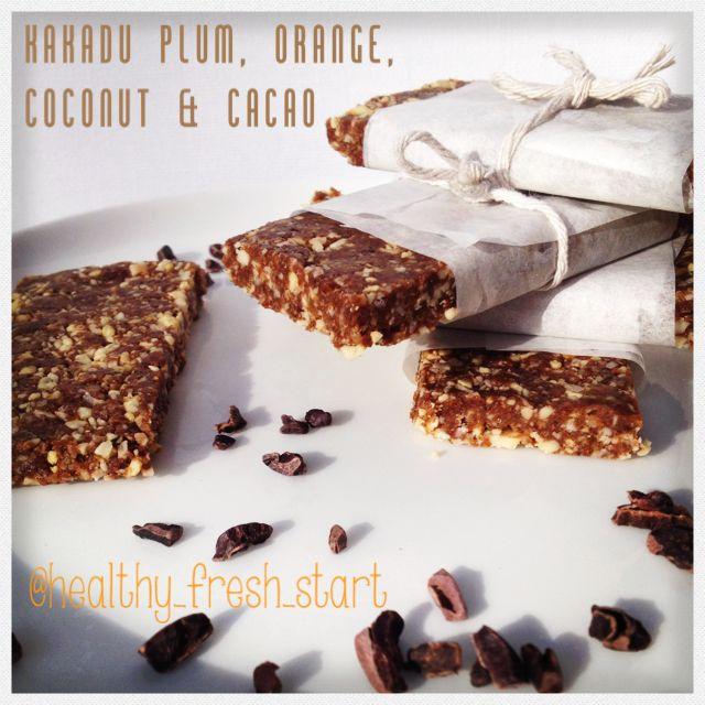 Kakadu plum, orange, coconut & cacao. Raw food bars 95calories each #cleanfood #fitfood #rawfood #wholefood