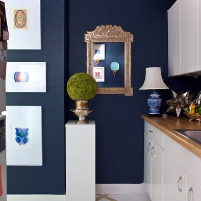 Love the bold color off-set with white.Kitchens, Wall Colors, Blue Walls, Navy Wall, Gold Accent, Painting Colors, The Navy, Laundry Room, Accent Wall