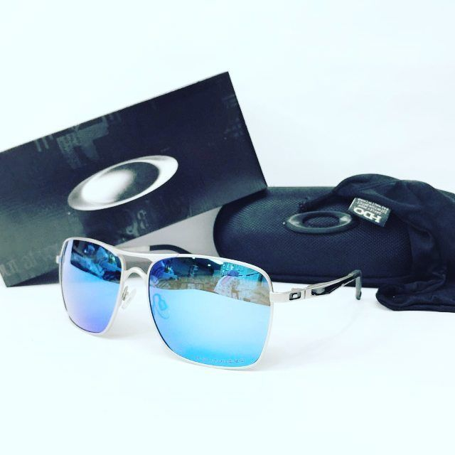 OAKLEY PLAINTIFF SQUARED  Price: 200.000 Import Product High Quality / Like Ori  EXCLUSIVE FULL SET PRODUCT: -Box -Hardcase -Sarung -lap.dll Seperti kelengkapan aslinya free: -spray pembersih lensa  FORMAT ORDER: -A/n penerima -Alamat lengkap -No hp -Fhoto / series product yg di pesan  Send To: Wa: 081284060121 Bbm 57ad1599  Sell To: -Grosir-ecer -reseller-dropshiper  Melayani Pesanan Lensa: -Resep -Mins -Plus -Cylinder -Transisi / Fhotochromic.dll  Trusted seller 100% No Hoax…