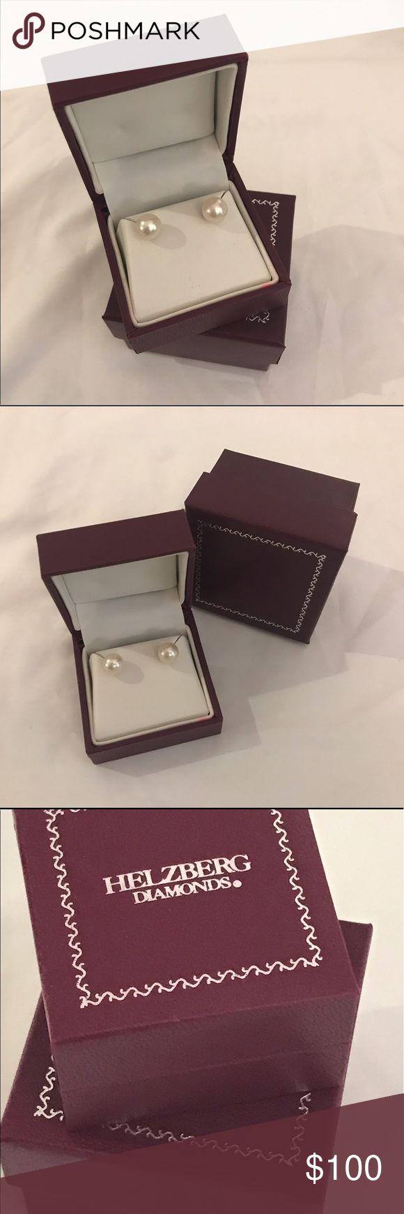 Honora Freshwater Cultured Pearl Earrings In 14K Honora Freshwater Cultured Pearl Earrings In 14K Yellow Gold 9-9.5mm NEW IN BOX FROM Helzberg Diamond Helzberg Diamond Jewelry Earrings