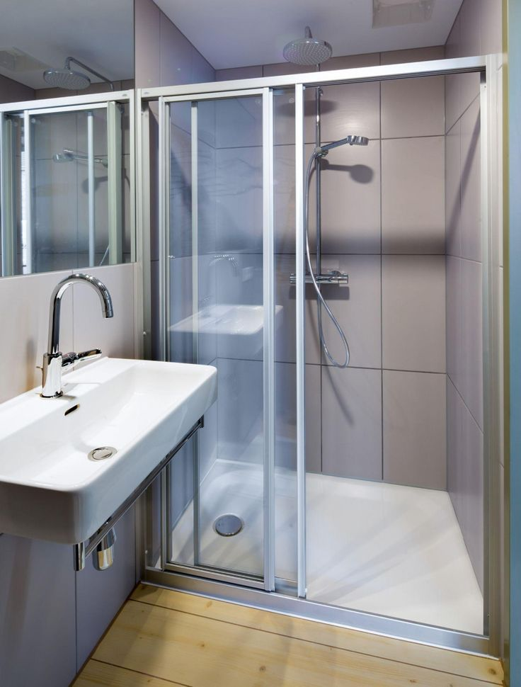 Deba Badsysteme Mcdreams Ingolstadt In 2020 Badezimmer Mit Dusche Dusche Studentisches Wohnen