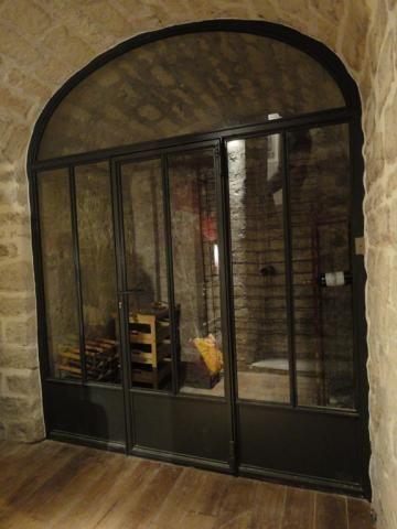 Menuiserie acier escaliers marquises magasins vitrines for Porte en ferraille