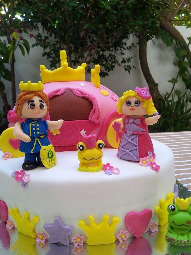 Bolo de aniversário de princesa dos pinypon's-Pin y Pon Princess cake