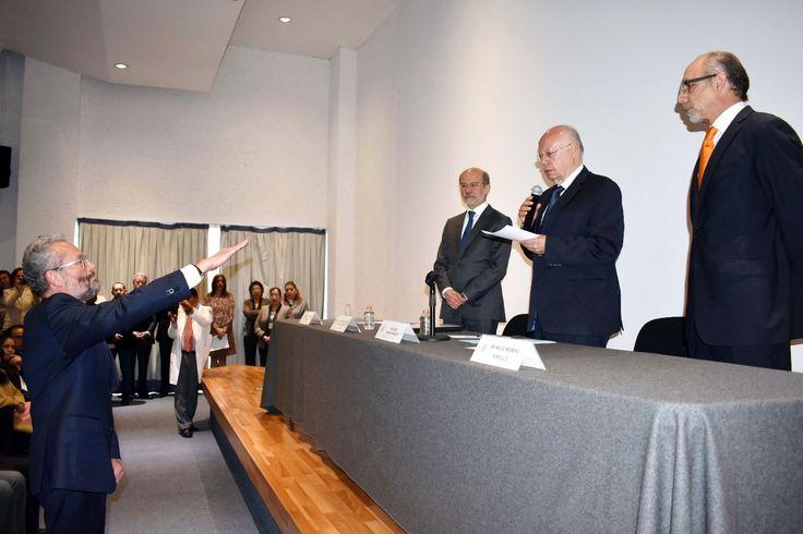 """Dr. Octavio Sierra Martínez tomó protesta como nuevo director general del Hospital General """"Manuel Gea González"""" para el periodo 2017-2022 - http://plenilunia.com/novedades-medicas/dr-octavio-sierra-martinez-tomo-protesta-como-nuevo-director-general-del-hospital-general-manuel-gea-gonzalez-para-el-periodo-2017-2022/44195/"""