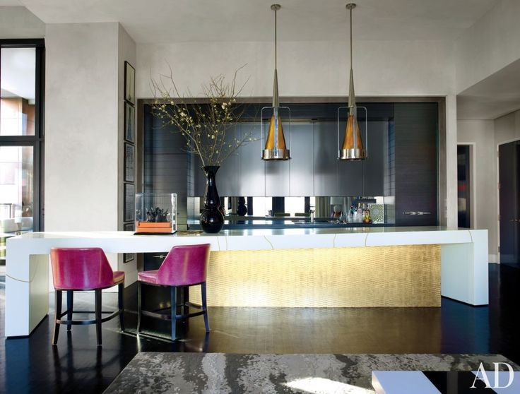 JAMIE DRAKE The Centerpiece Of Jamie Drakeu0027s Manhattan Kitchen Is A  Custom Made Island Comprising Cabinetry Finished In Gold Leaf By The Alpha  Workshops And ...