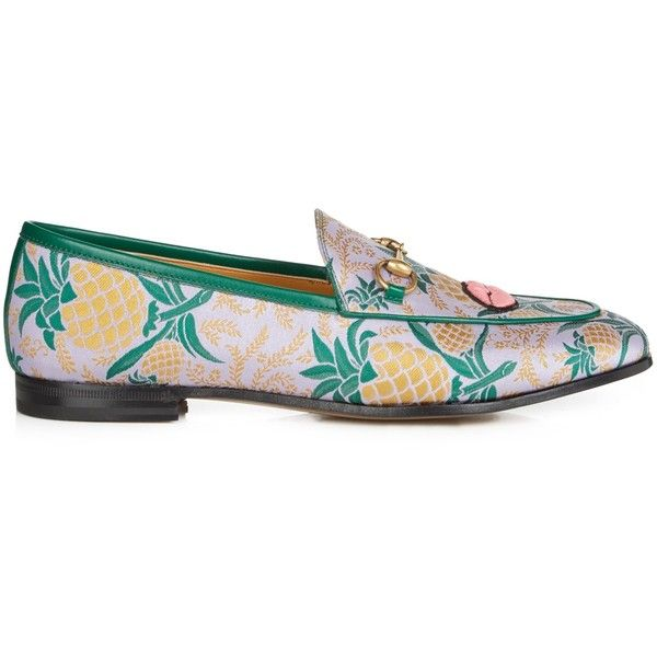 Gucci Jordan jacquard loafers (3.015 RON) ❤ liked on Polyvore featuring shoes, loafers, gucci, purple multi, woven loafers, pineapple shoes, heart shoes, embroidered shoes and almond toe shoes