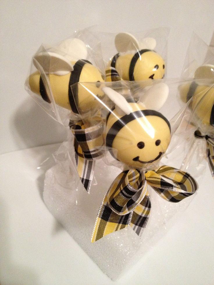 Adorable bumble bee cake pops for a sweet 2 year olds birthday party!