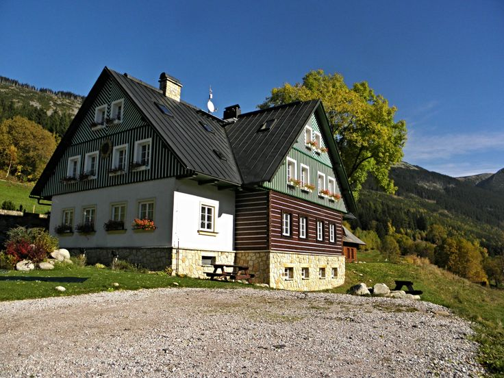Great accommodation in the Giant Mountains near ski slopes in a beautiful valley
