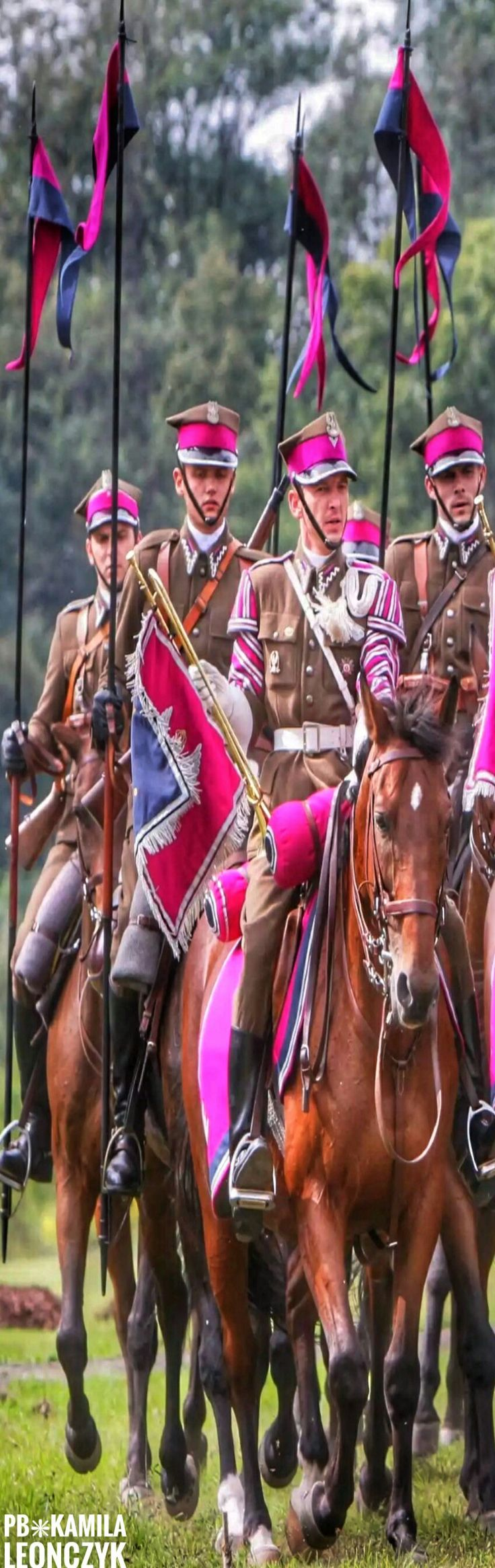 Cavalry Squadron of Polish Armed Forces - The Polish cavalry can trace its origins back to the days of medieval mounted knights. Poland is mostly a country of flatlands and fields and mounted forces operate well in this environment. The knights and heavy #horse #cavalry gradually evolved into many different types of specialised mounted military formations, some of which heavily influenced western warfare and military science