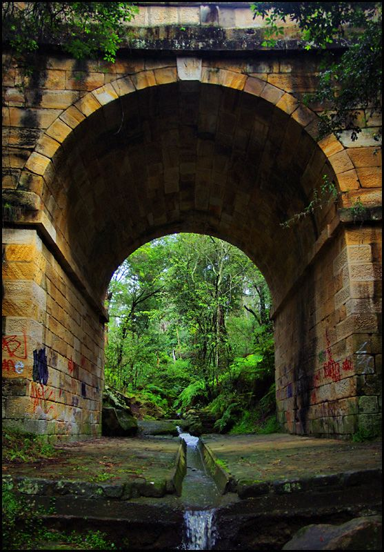 Lennox Bridge, Australia (by sandpiper)