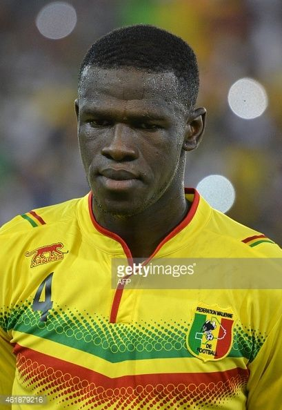 461879216-malis-defender-salif-coulibaly-poses-ahead-gettyimages.jpg (409×594)