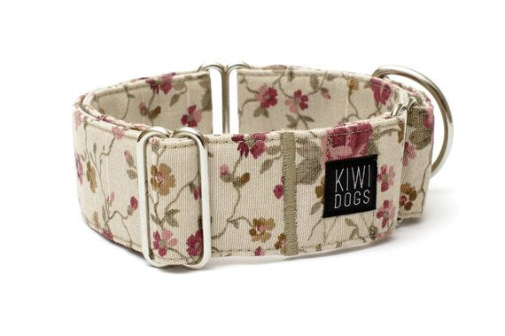 METROPOLITAN Retro Flower - girly floral retro feminine dog collar  Collar is made from cotton fabric, heavy duty D ring and nickel plated triglides.