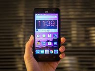 ZTE Speed review: You won't feel the need for this Speed Ignore the name -- this $100 prepaid phone from Boost Mobile is anything but fast.