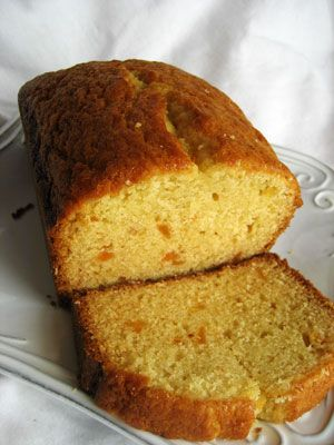 I thought this cake would make a pretty, rustic-ish loaf. I was right.