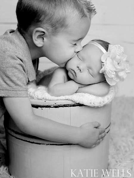 Bigbrother and nb sister katie wells photography idaho falls newborn child photographer cooper sydney