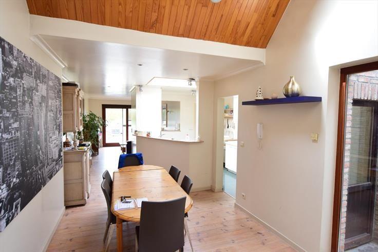 Huis  te koop te Sint-Pieters-Leeuw voor 327.000 € - (6677545)