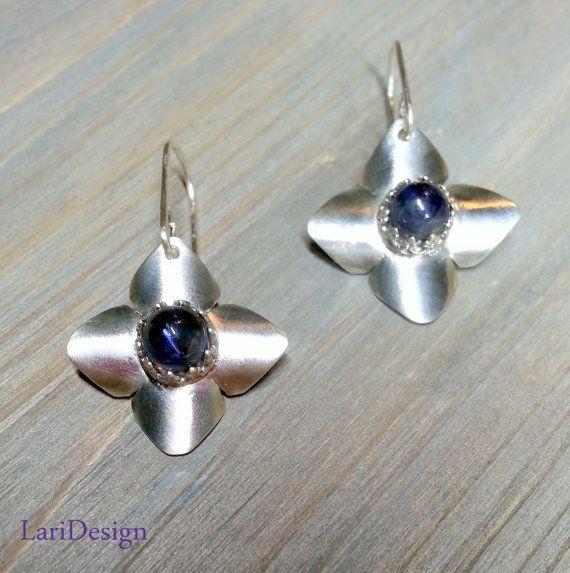 Sterling zilveren oorbellen met natuurlijke door LariDesignStudio