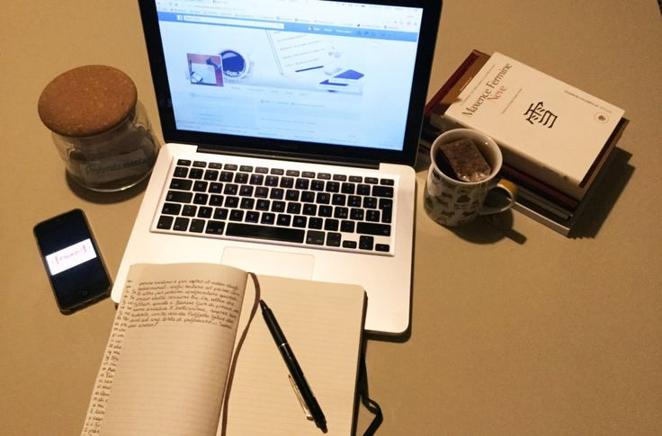 Diario di una spartana, day 20 #moleskine #macbook #book