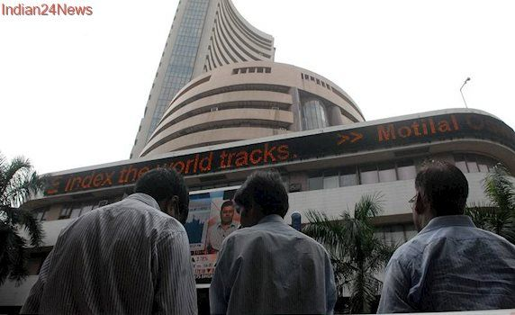 Sensex bounces, metal stocks lead gains