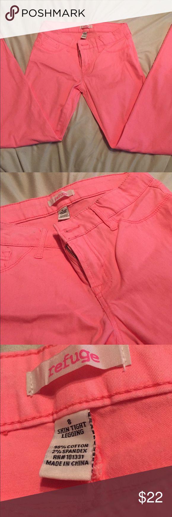 NWOT; Refuge skin tight legging jeans! Never been worn (wrinkles from storage). Vibrant colored refuge legging pants, Size 8! Make me an offer 🖤 refuge Jeans Skinny