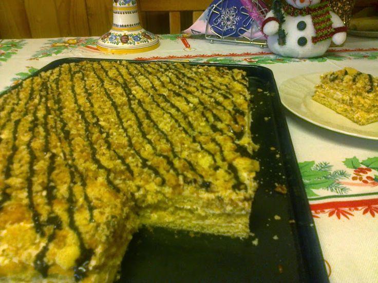 Veľmi jednoduchá, rýchla a chutná domáca Marlenka bez valkania cesta, len z troch  medových plátov. Túto Marlenku zvládne doma každý s úsmevom :)