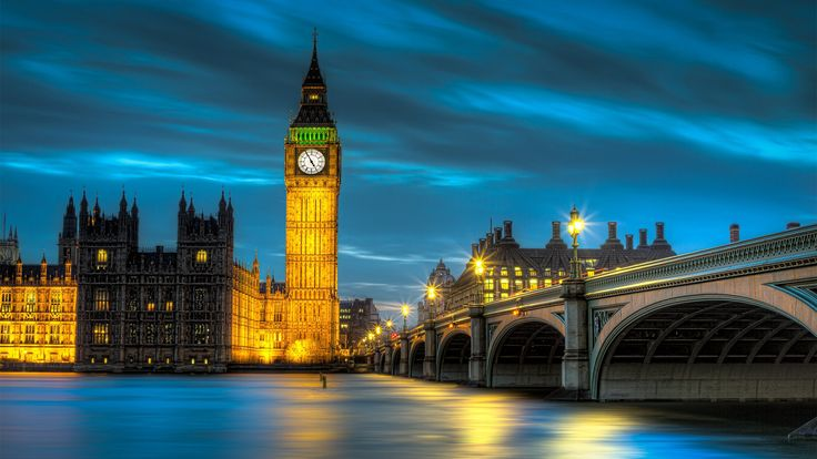 Big Ben tower - one of the most notable symbols of London. Today, I decided to introduce you a touristic attraction known in the greater part