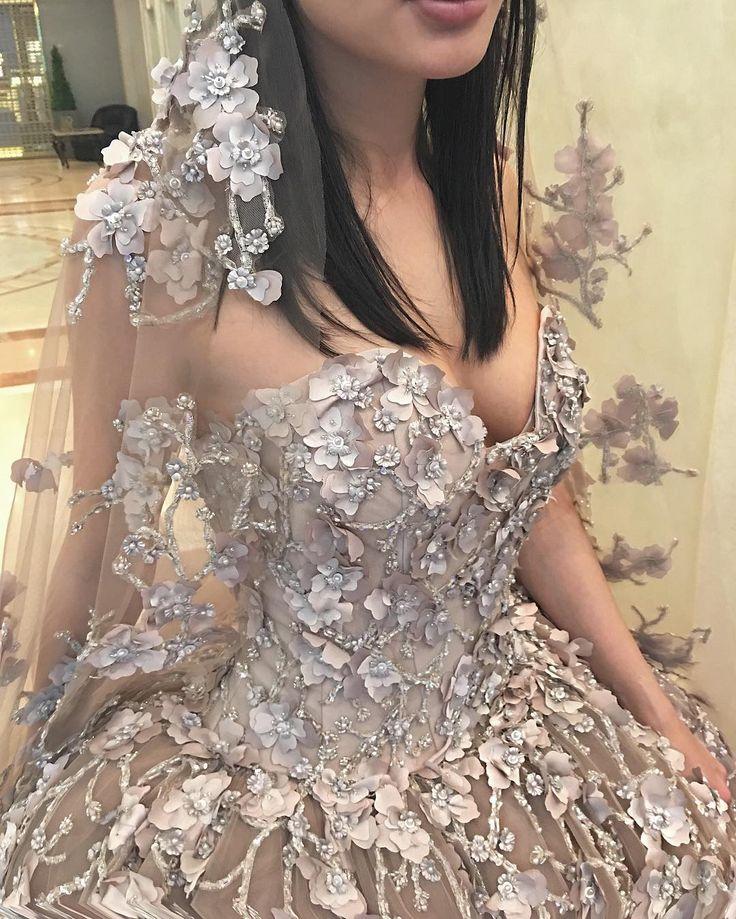 Пошив этого свадебного платья 😻 возможен в цвете Айвори 👏🏼 #eliesaab