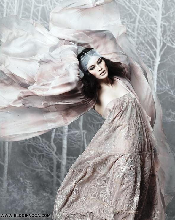 "Vogue China December 2011• Sui He Em ""Flower Power"" by Marc Segal."
