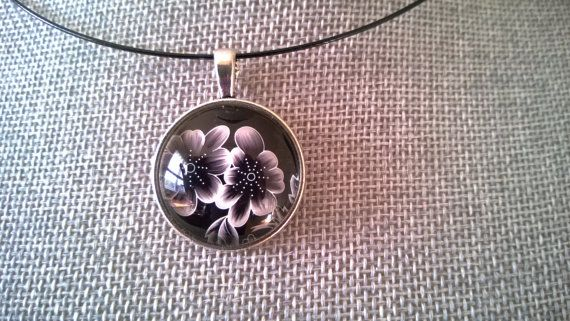 Black jewelry Black necklace Flower necklace by LesBijouxLibellule