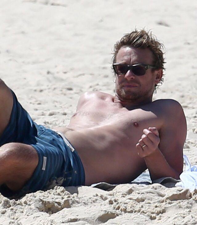simon baker beach nude