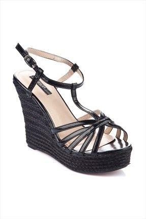 Siyah Dolgu Topuk Ayakkabı IZSCY4B11062610 inci 145