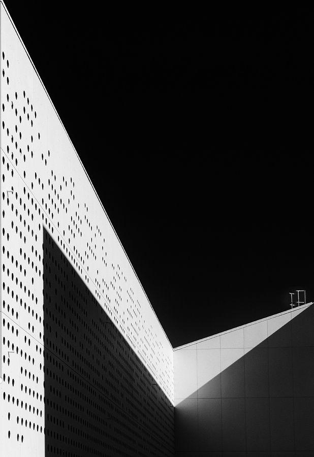 Lines 11, photography by Jure Kravanja. In Construction, Edifice, Building. Lines 11, photography by Jure Kravanja. Image #392771