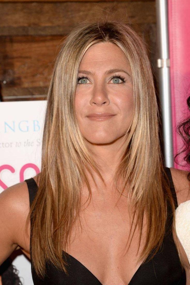 Jennifer Aniston glatte Haare lang Stufenschnitt